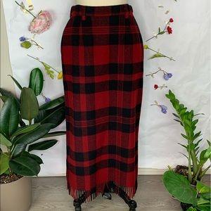 Woolrich vintage fringe hem plaid skirt